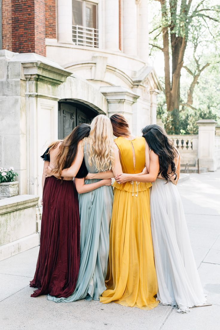 f8d40421f7e0908a6a15723380b47726--best-friends-shoot-prom-photo-friends