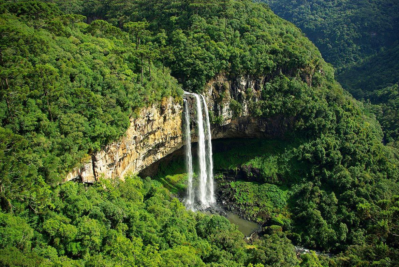Caracol-Falls-Brazil