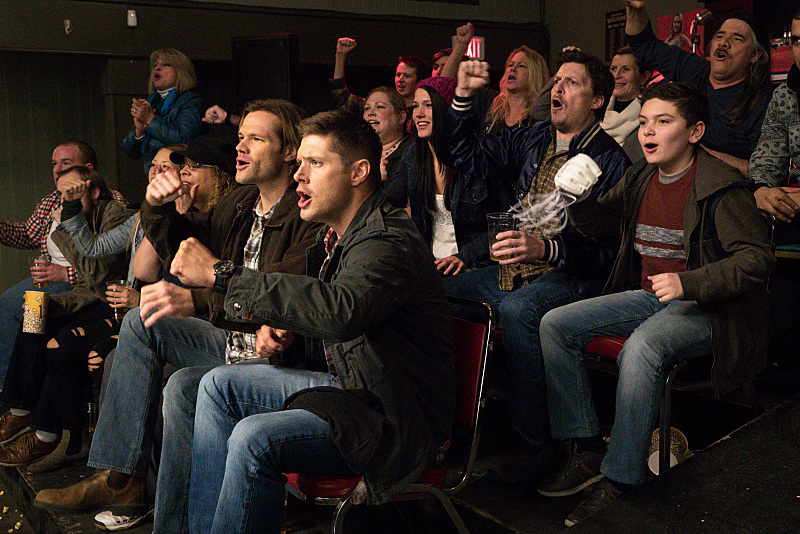 """Supernatural -- """"Beyond The Mat"""" -- Image SN1115b_0287.jpg -- Pictured (L-R): Jared Padalecki as Sam and Jensen Ackles as Dean -- Photo: Liane Hentscher/The CW -- © 2016 The CW Network, LLC. All Rights Reserved."""