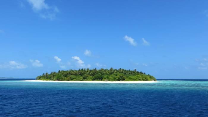 desert-island-700x394