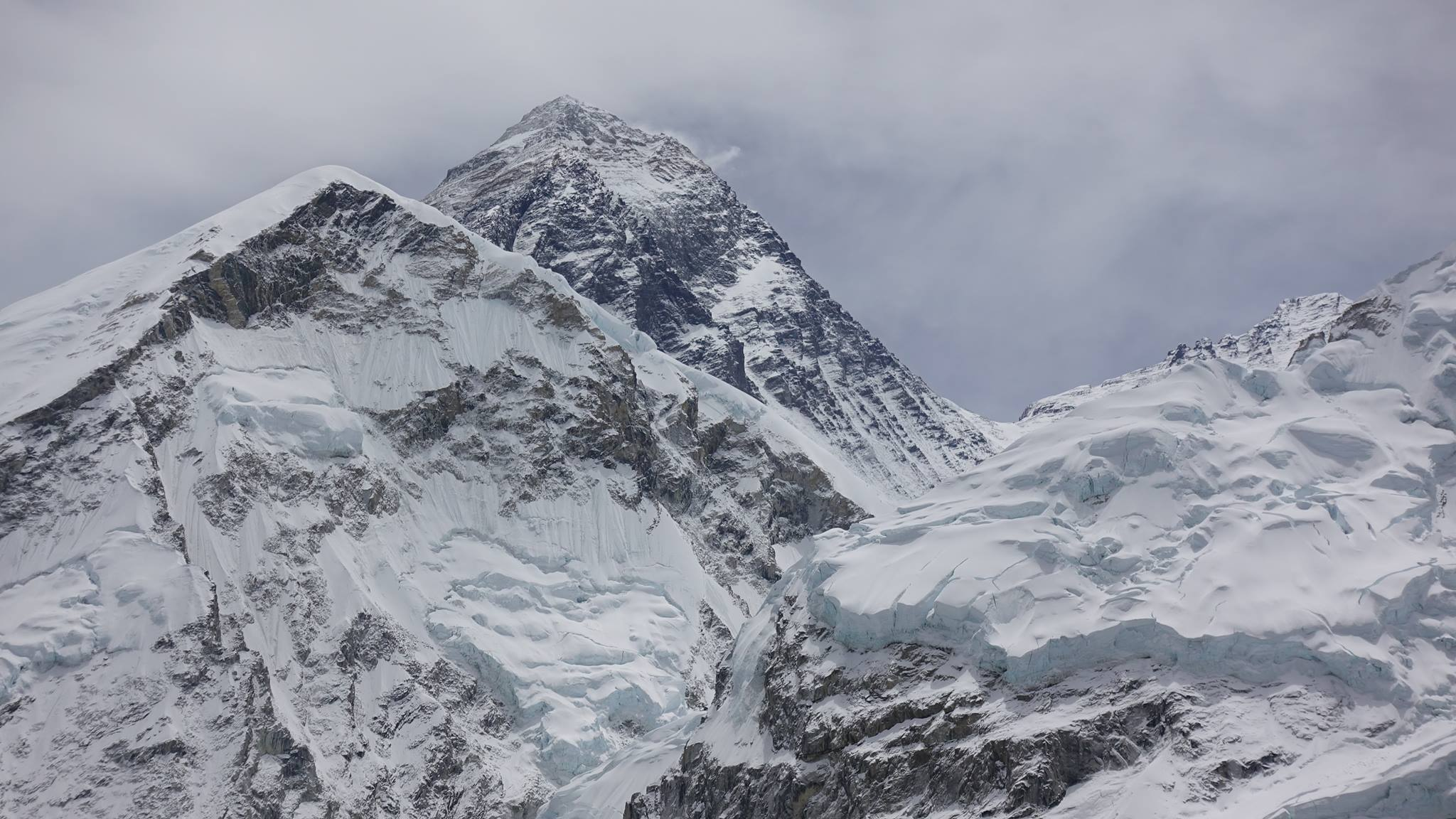 Everest-2107-from-Pumori-by-Jim-Davidson
