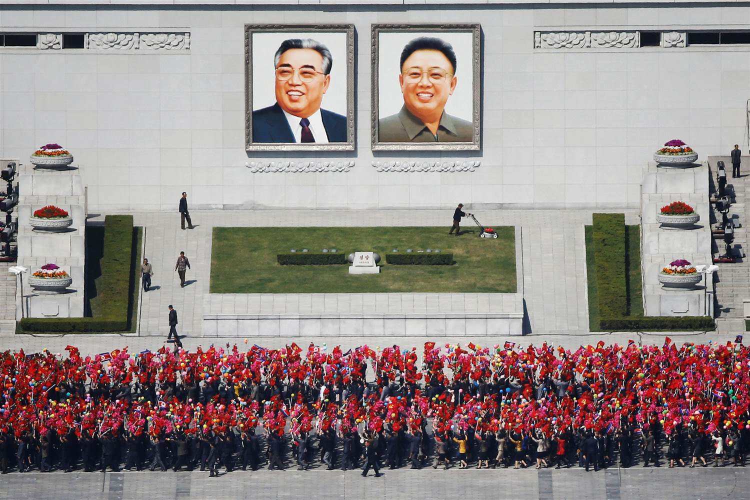 ss-170412-north-korea-mn-01_20bdad666b60cf225948087ce89092d1.nbcnews-ux-2880-1000
